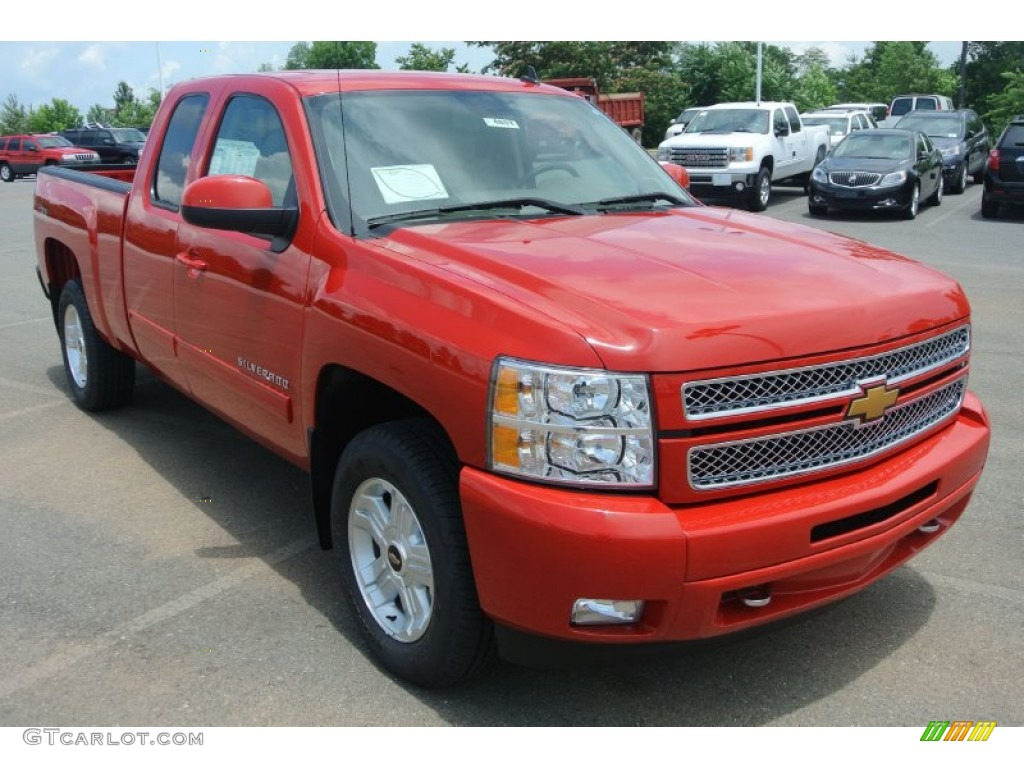 2013 Silverado 1500 LT Extended Cab - Victory Red / Light Cashmere/Dark Cashmere photo #1