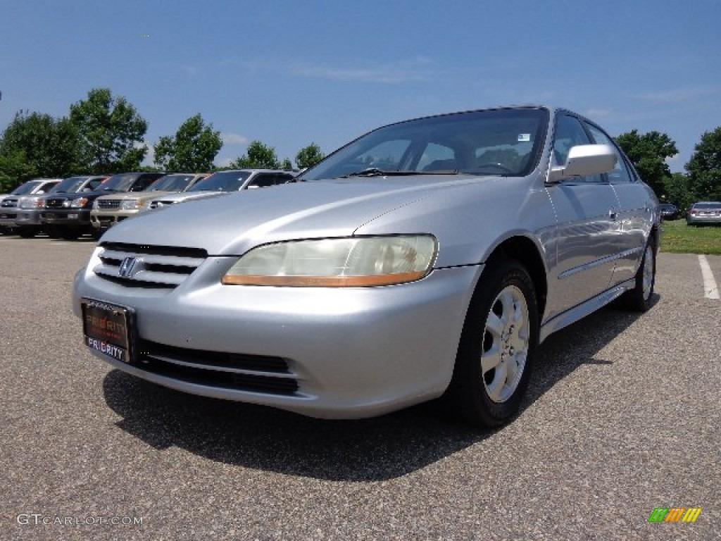 2002 satin silver metallic honda accord ex sedan 82790400
