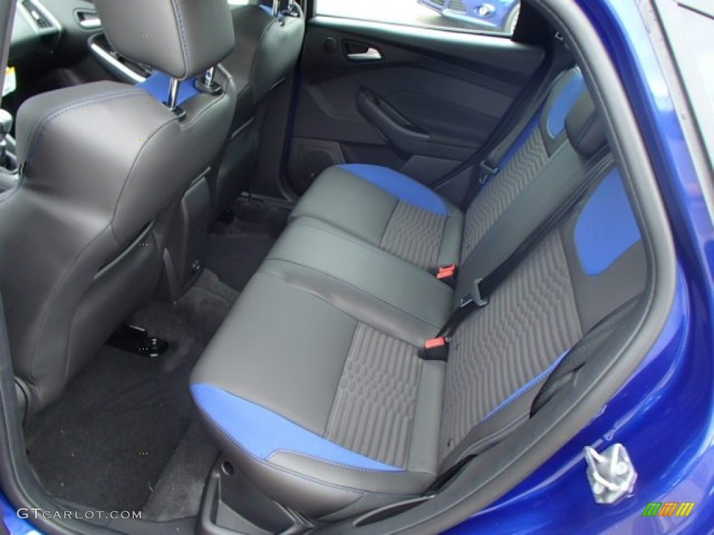 st performance blue recaro seats interior 2013 ford focus st hatchback photo 82841161. Black Bedroom Furniture Sets. Home Design Ideas
