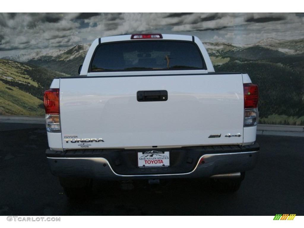 2013 Tundra Platinum CrewMax 4x4 - Super White / Black photo #4