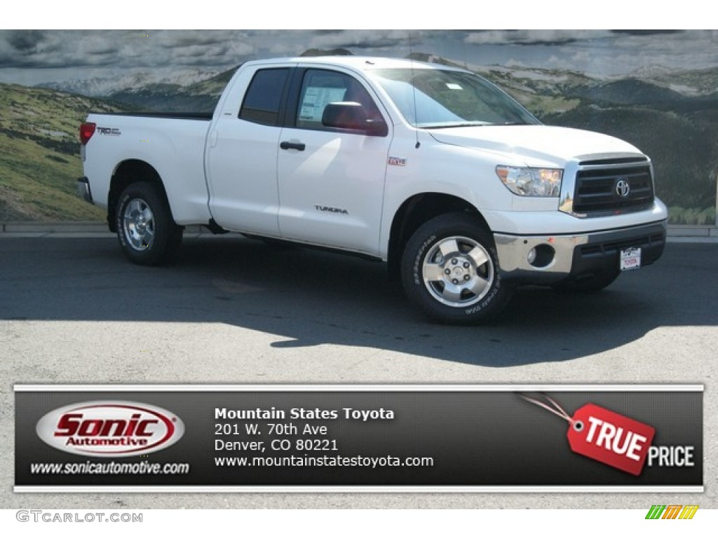2013 Tundra SR5 TRD Double Cab 4x4 - Super White / Graphite photo #1
