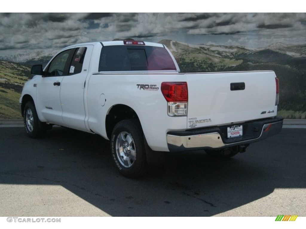 2013 Tundra SR5 TRD Double Cab 4x4 - Super White / Graphite photo #2