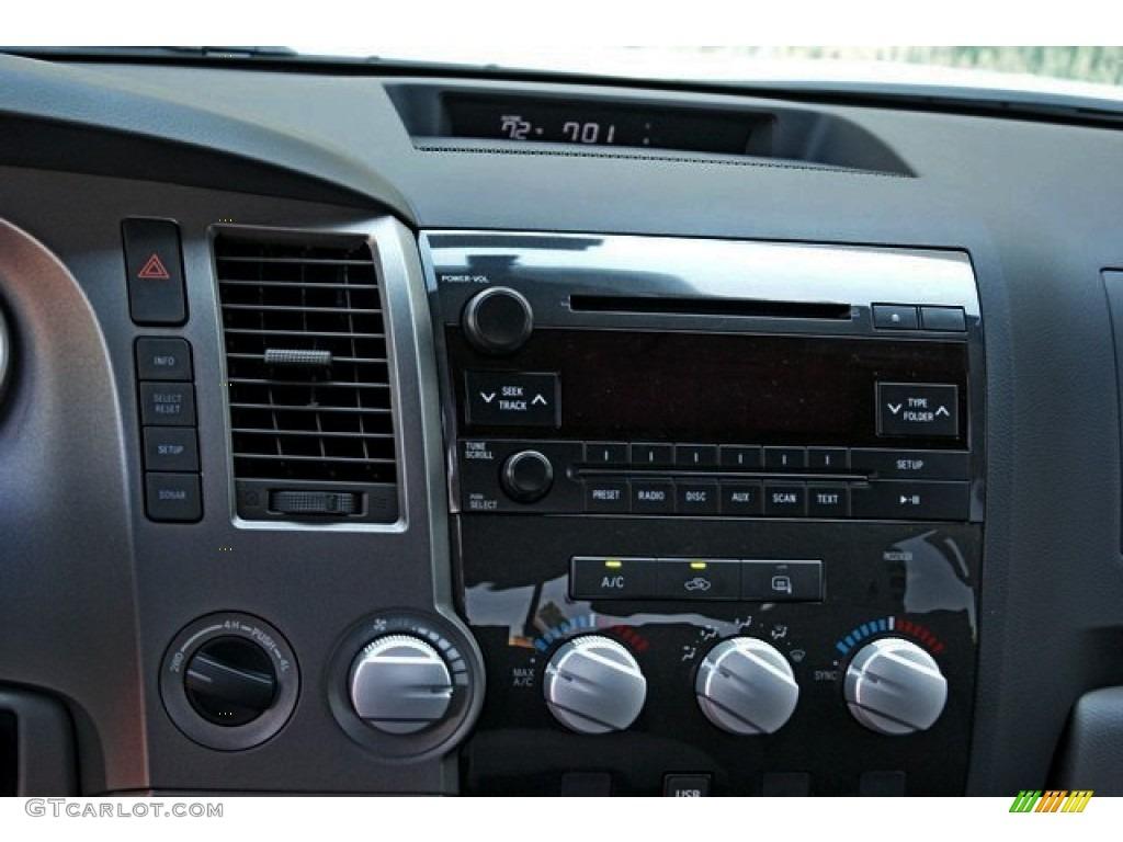 2013 Tundra SR5 TRD Double Cab 4x4 - Super White / Graphite photo #6