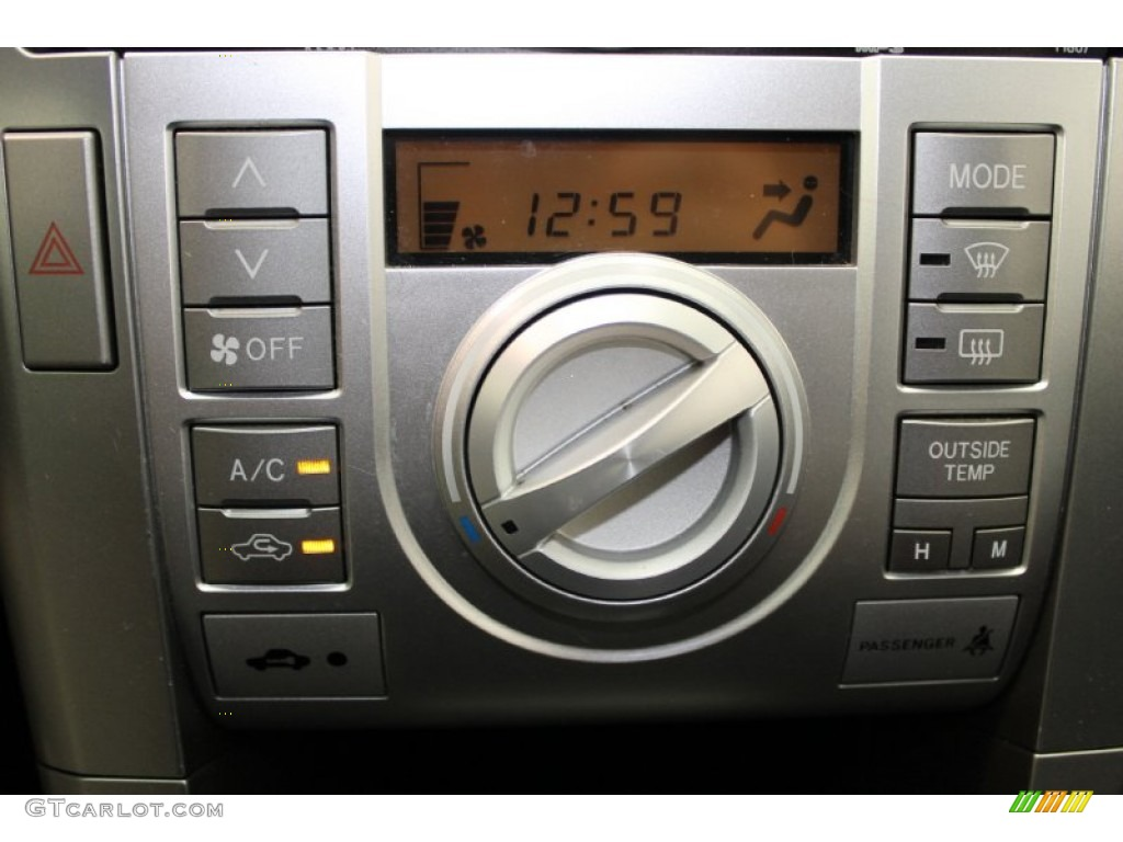 2006 Scion Tc Standard Tc Model Controls Photo 83000893