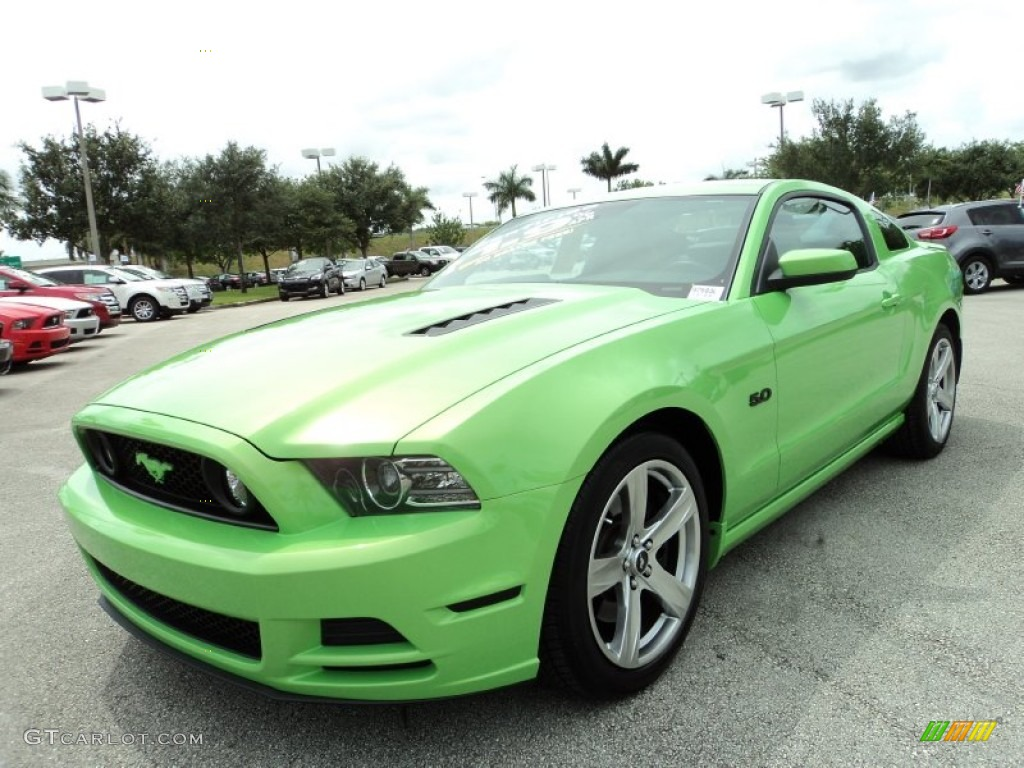 gotta have it green 2013 ford mustang gt premium coupe. Black Bedroom Furniture Sets. Home Design Ideas