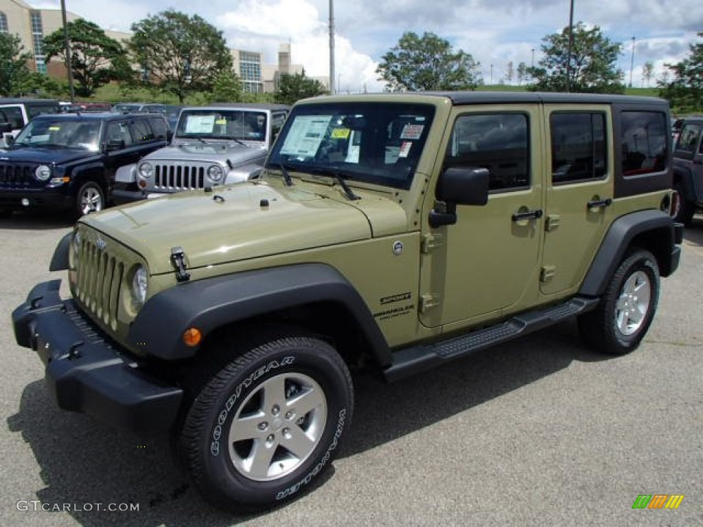 2013 commando green jeep wrangler unlimited sport s 4x4 83102621 photo 2 car. Black Bedroom Furniture Sets. Home Design Ideas