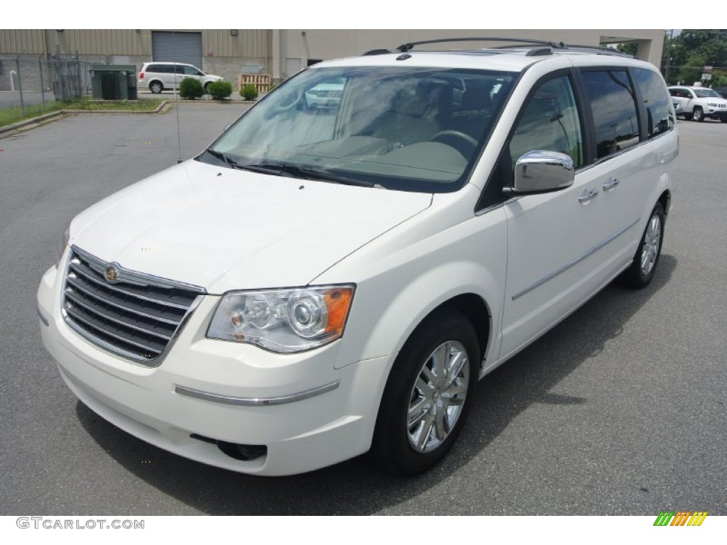 2010 Stone White Chrysler Town Country Limited 83170105