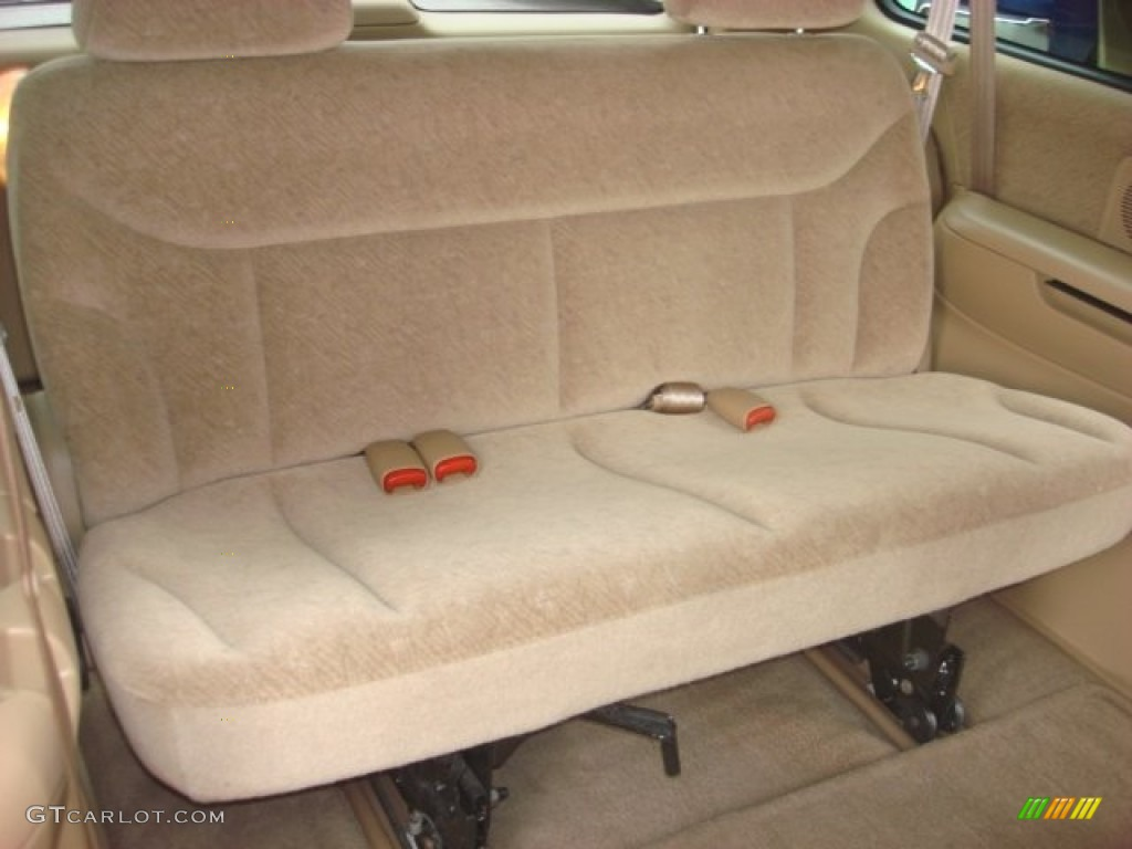 2000 chrysler town country lx rear seat photo 83224017. Black Bedroom Furniture Sets. Home Design Ideas