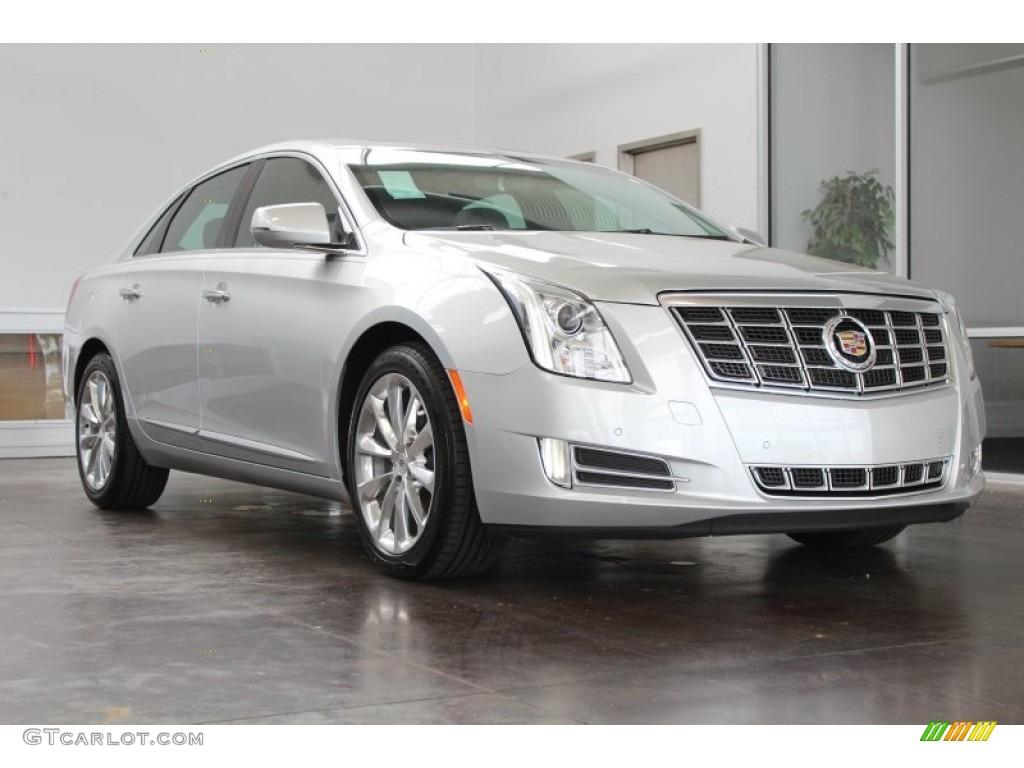 Radiant Silver Metallic 2013 Cadillac Xts Luxury Fwd Exterior Photo 83266644