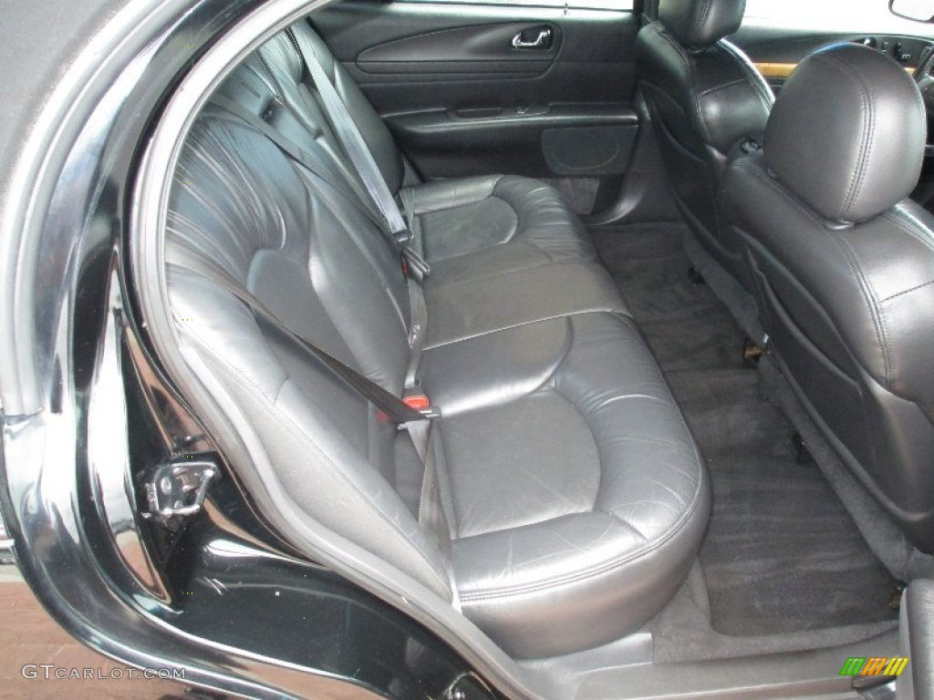 2001 lincoln continental standard continental model rear. Black Bedroom Furniture Sets. Home Design Ideas