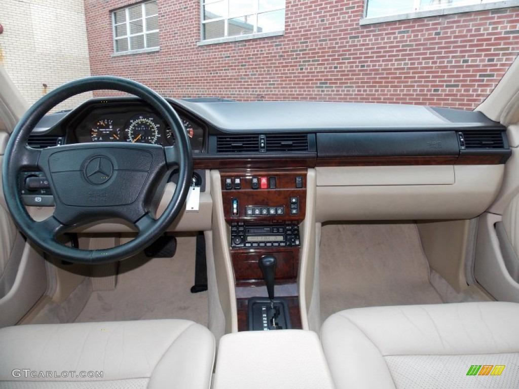 1994 Black Mercedes Benz E 420 Sedan 83316919 Photo 14 Car Color Galleries