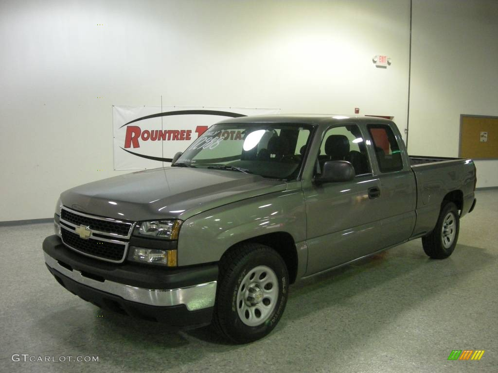 2006 Silverado 1500 Work Truck Extended Cab - Graystone Metallic / Dark Charcoal photo #1