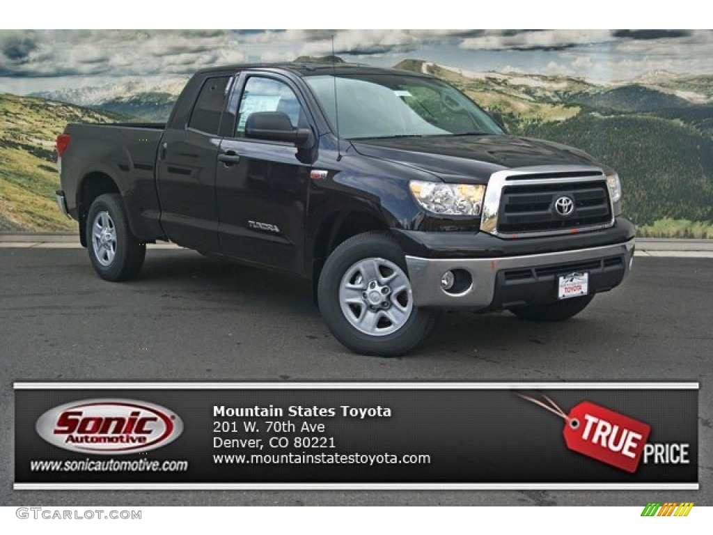 2013 Tundra Double Cab 4x4 - Black / Graphite photo #1