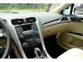 2013 Oxford White Ford Fusion SE  photo #29