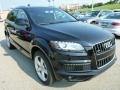 Night Black 2014 Audi Q7 Gallery