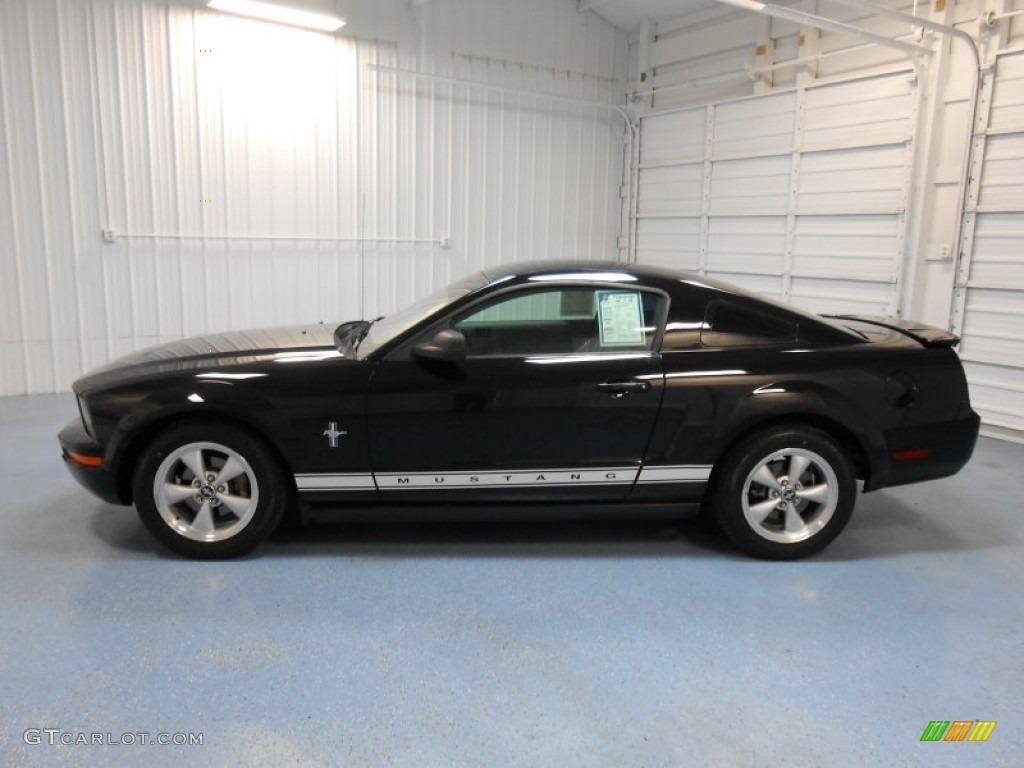 2007 Mustang V6 Premium Coupe - Black / Light Graphite photo #1