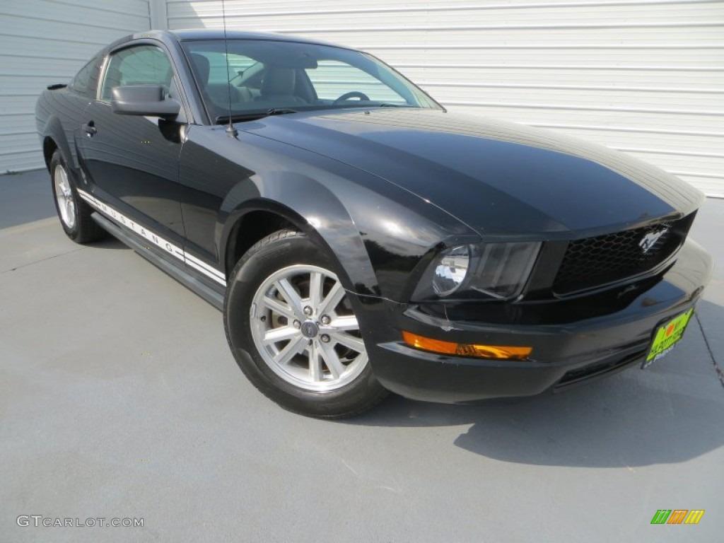 2007 Mustang V6 Premium Coupe - Black / Light Graphite photo #1