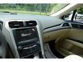 2013 Oxford White Ford Fusion SE  photo #28