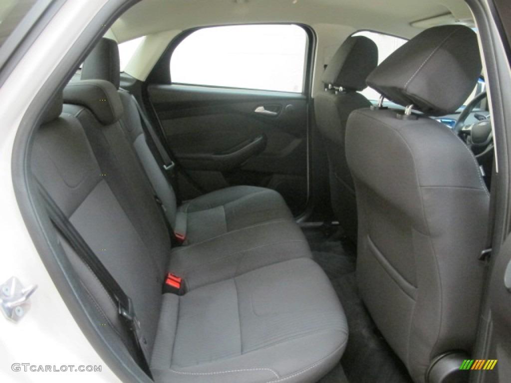 2012 Focus Titanium Sedan - White Platinum Tricoat Metallic / Charcoal Black photo #20