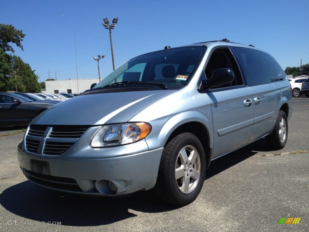 butane blue pearl 2005 dodge grand caravan sxt exterior. Black Bedroom Furniture Sets. Home Design Ideas