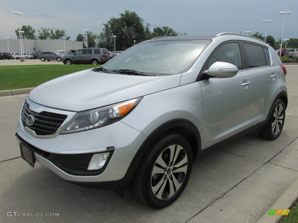 bright silver 2011 kia sportage ex exterior photo. Black Bedroom Furniture Sets. Home Design Ideas