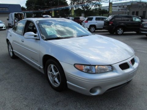2003 pontiac grand prix gt sedan data info and specs. Black Bedroom Furniture Sets. Home Design Ideas