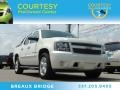 White Diamond Tricoat 2008 Chevrolet Avalanche Gallery