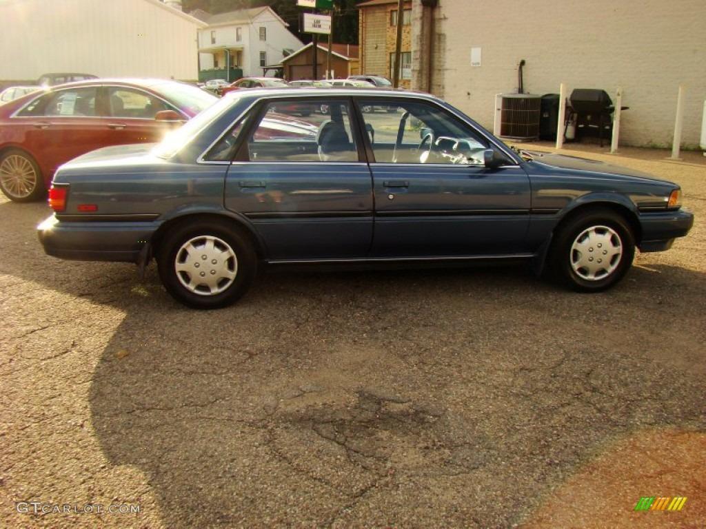 1991 dark blue pearl metallic toyota camry le awd sedan 84135945 photo 8 car. Black Bedroom Furniture Sets. Home Design Ideas