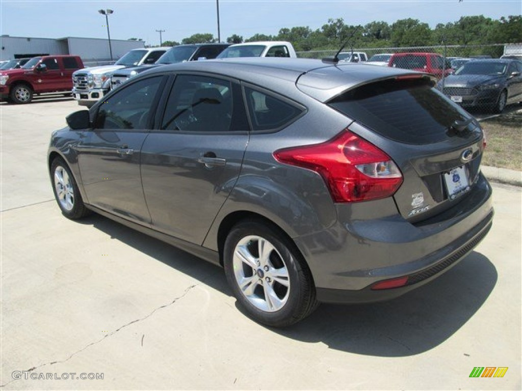 2014 sterling gray ford focus se hatchback 84193865 photo 3 car color galleries. Black Bedroom Furniture Sets. Home Design Ideas