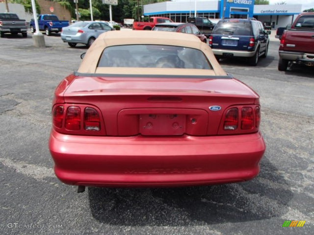 1996 Mustang V6 Convertible - Laser Red Metallic / Beige photo #7
