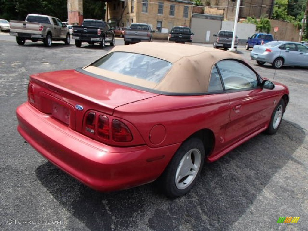 1996 Mustang V6 Convertible - Laser Red Metallic / Beige photo #8