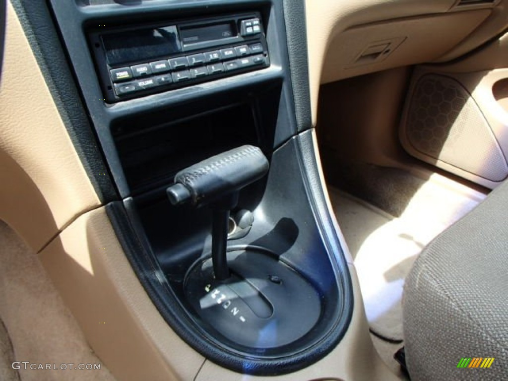1996 Mustang V6 Convertible - Laser Red Metallic / Beige photo #15