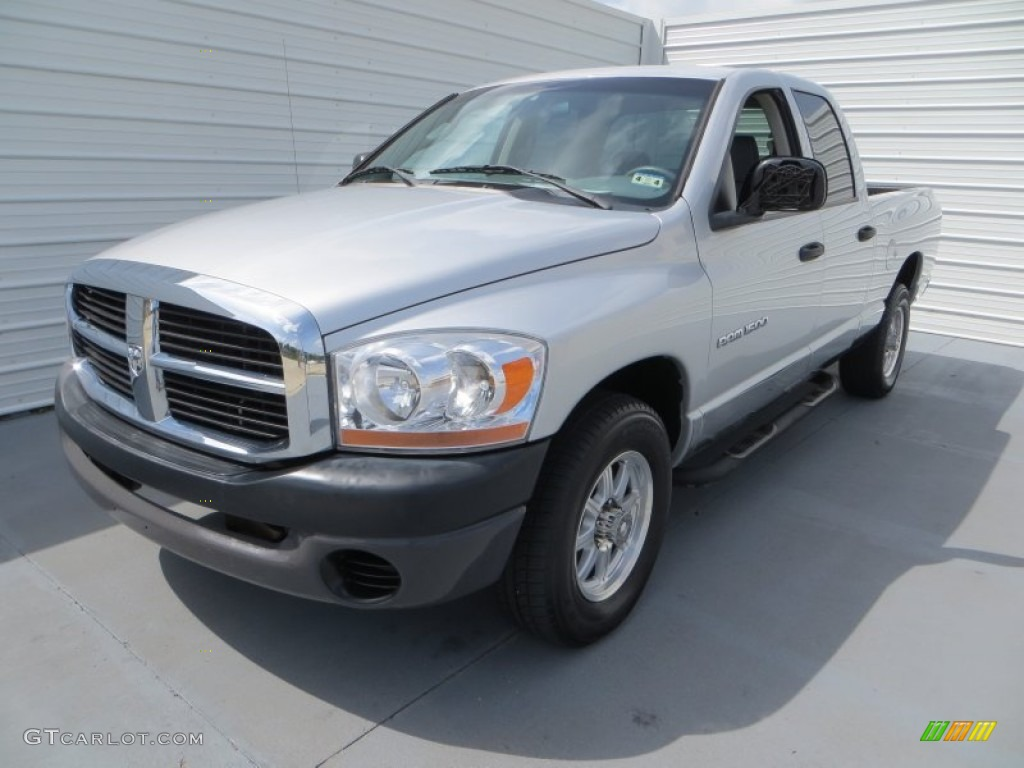 2006 Ram 1500 Laramie Quad Cab - Bright Silver Metallic / Medium Slate Gray photo #7