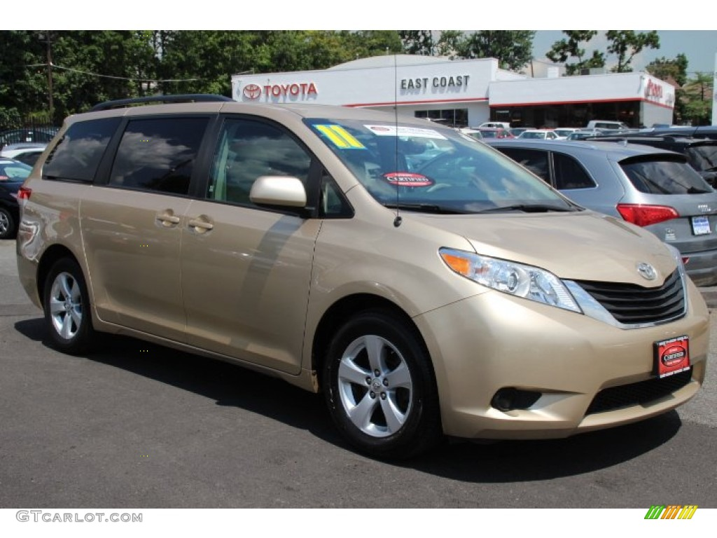 2011 sandy beach metallic toyota sienna le 84256779 White Toyota Sienna Porsche 911 Color Codes