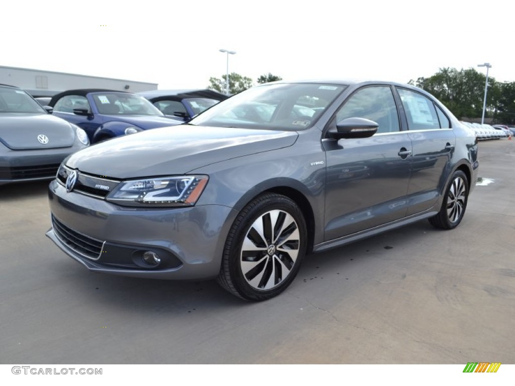Platinum Gray Metallic Volkswagen Jetta Hybrid Sel Premium
