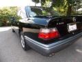 Black - E 420 Sedan Photo No. 3