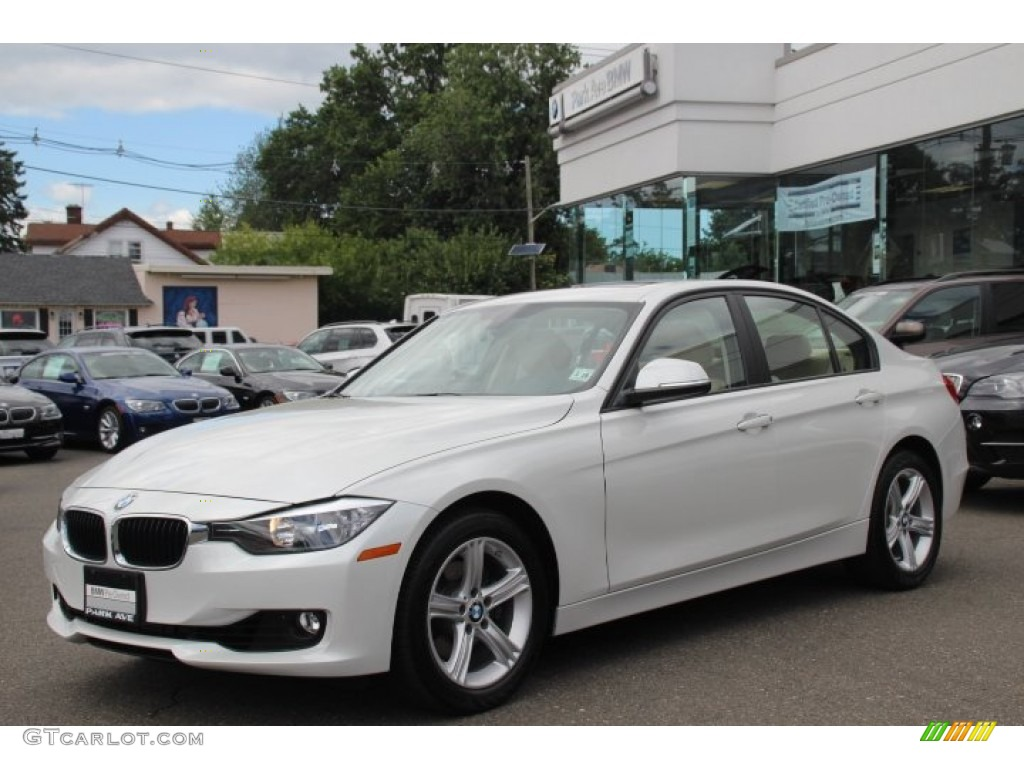 2013 mineral white metallic bmw 3 series 328i xdrive sedan. Black Bedroom Furniture Sets. Home Design Ideas