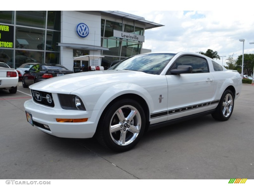 2008 performance white ford mustang v6 premium coupe 84565609