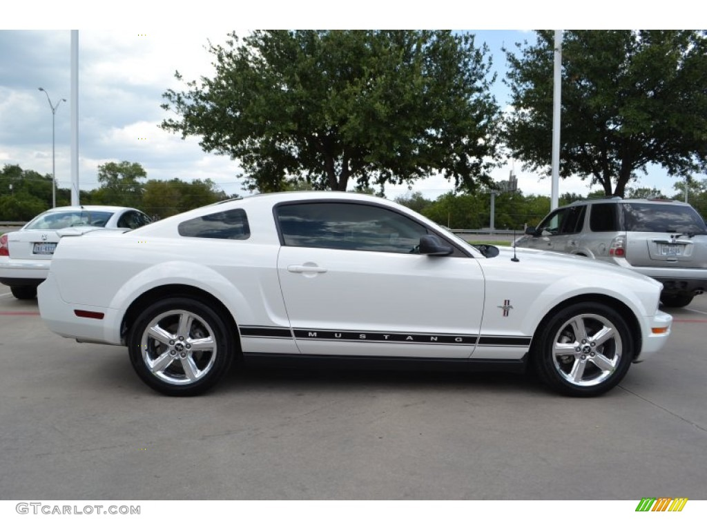 performance white 2008 ford mustang v6 premium coupe. Black Bedroom Furniture Sets. Home Design Ideas