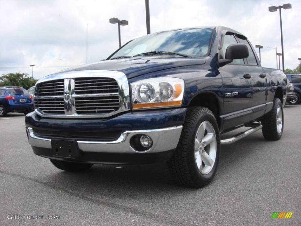 2006 Ram 1500 SLT Quad Cab 4x4 - Patriot Blue Pearl / Medium Slate Gray photo #1