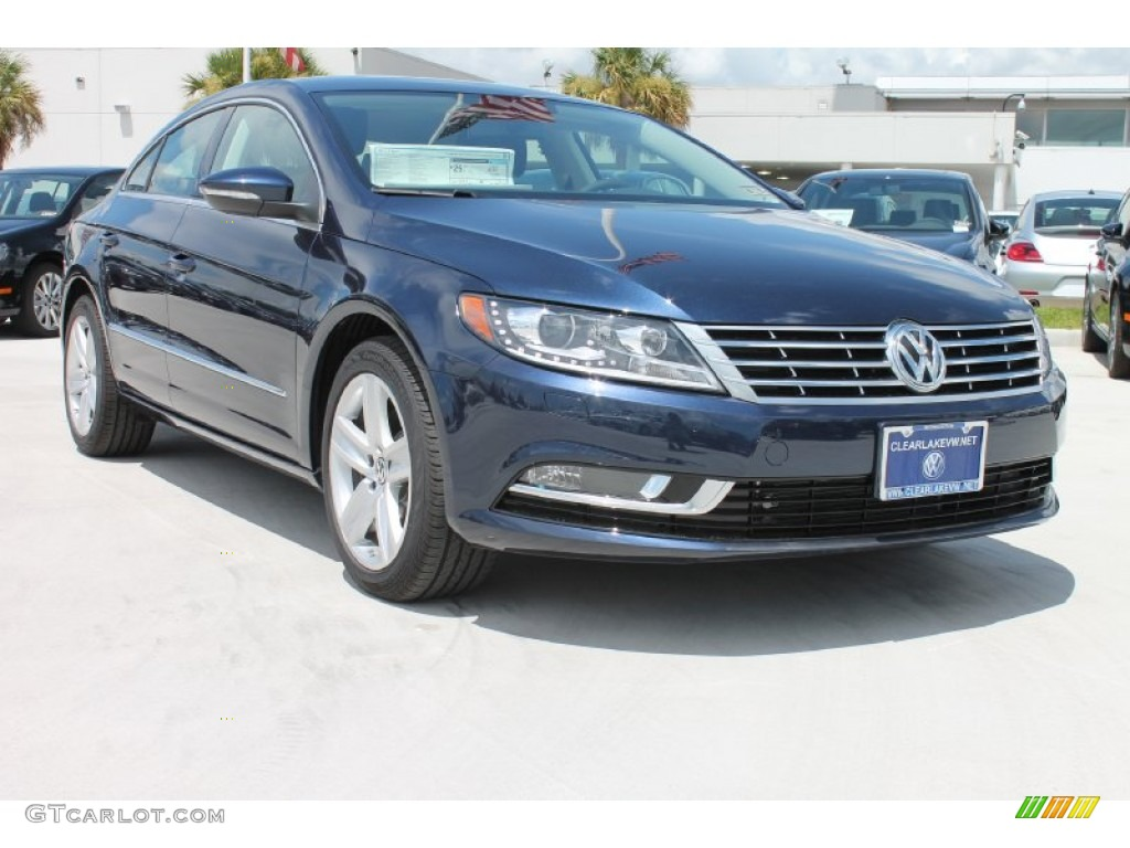 Night Blue Metallic Volkswagen CC