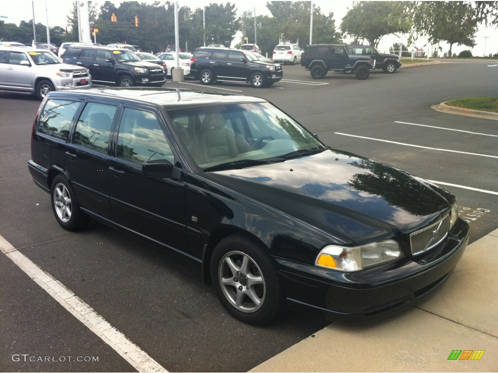 1999 black volvo v70 wagon #84859952 | gtcarlot - car color