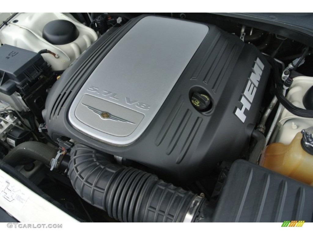 2006 Chrysler 300 C Hemi Engine Photos
