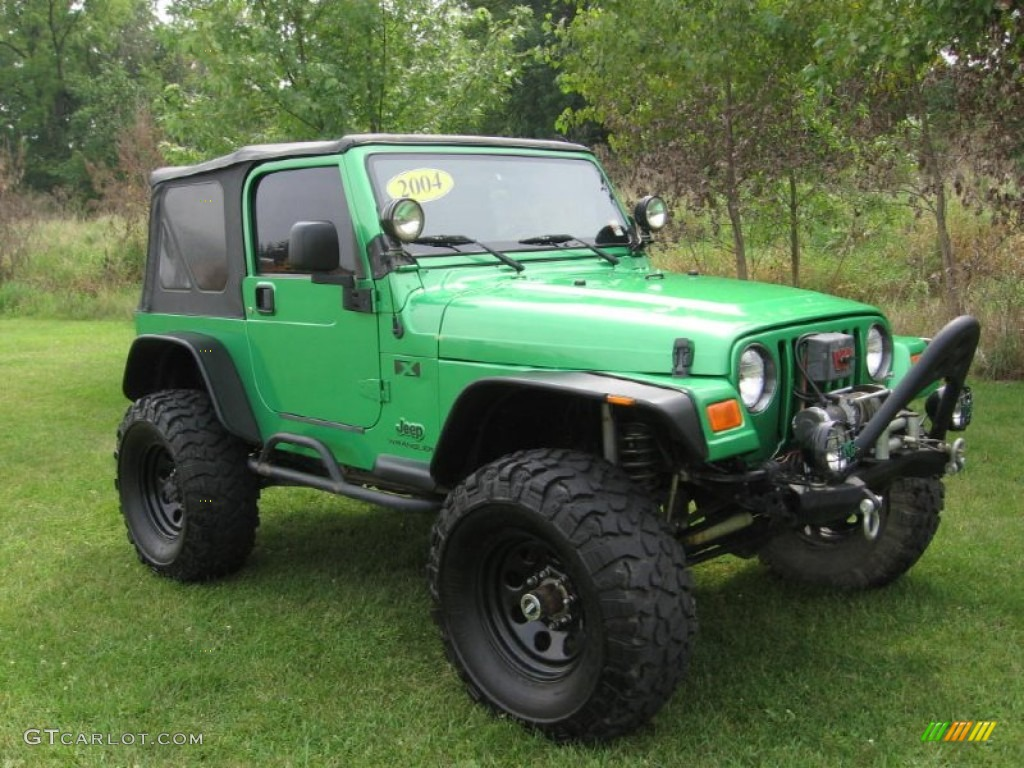 2004 electric lime green pearl jeep wrangler x 4x4. Black Bedroom Furniture Sets. Home Design Ideas