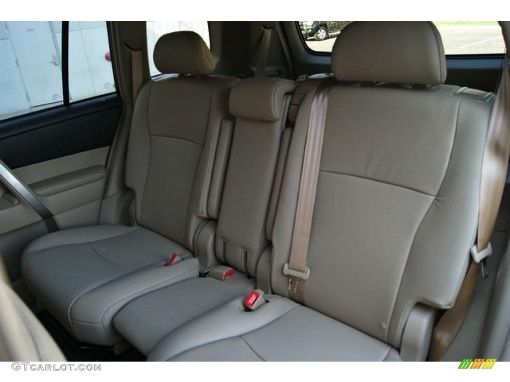 2013 Toyota Highlander SE 4WD Interior Color Photos