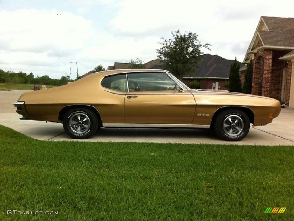 1970 Baja Gold Pontiac GTO Hardtop #85184925 | GTCarLot.com - Car ...