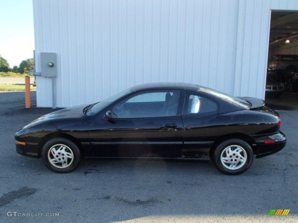 1997 Black Pontiac Sunfire Se Coupe 85310387 Gtcarlot Com Car Color Galleries