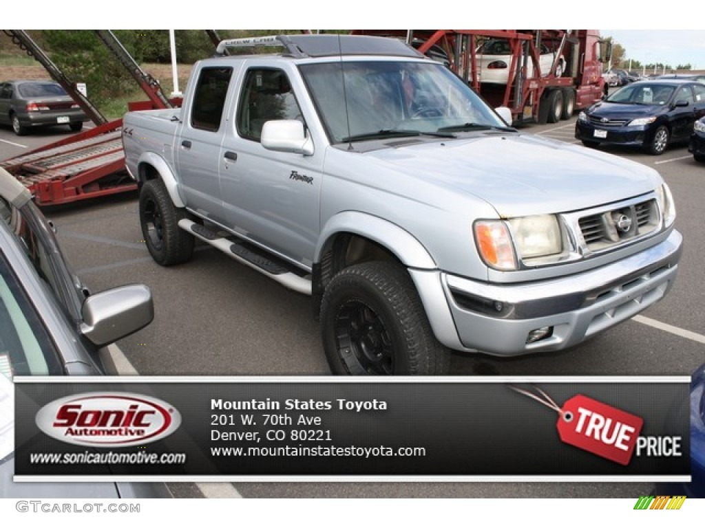 Silver Ice Nissan Frontier. Nissan Frontier XE Crew Cab 4x4