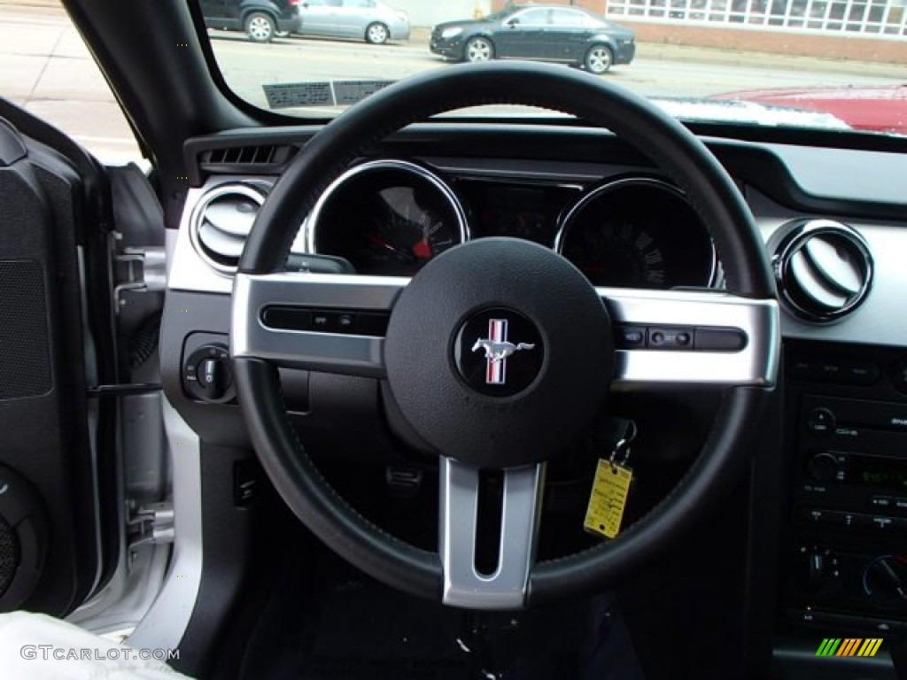 2006 Ford Mustang GT Premium Convertible Steering Wheel Photos