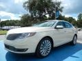 BK - Platinum Dune Metallic Lincoln MKS (2014)